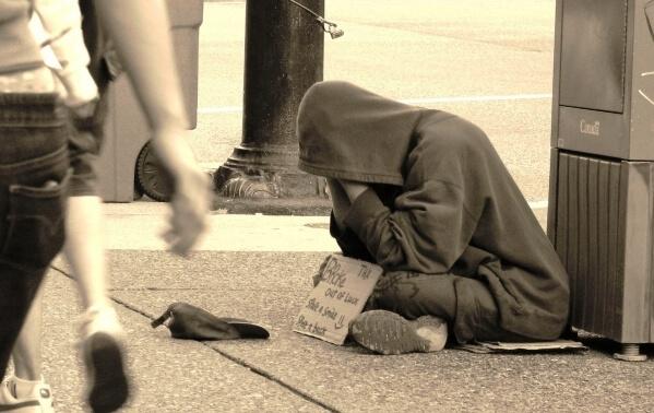 下流老人に貧困女子、悪いのは一体誰なんだ?